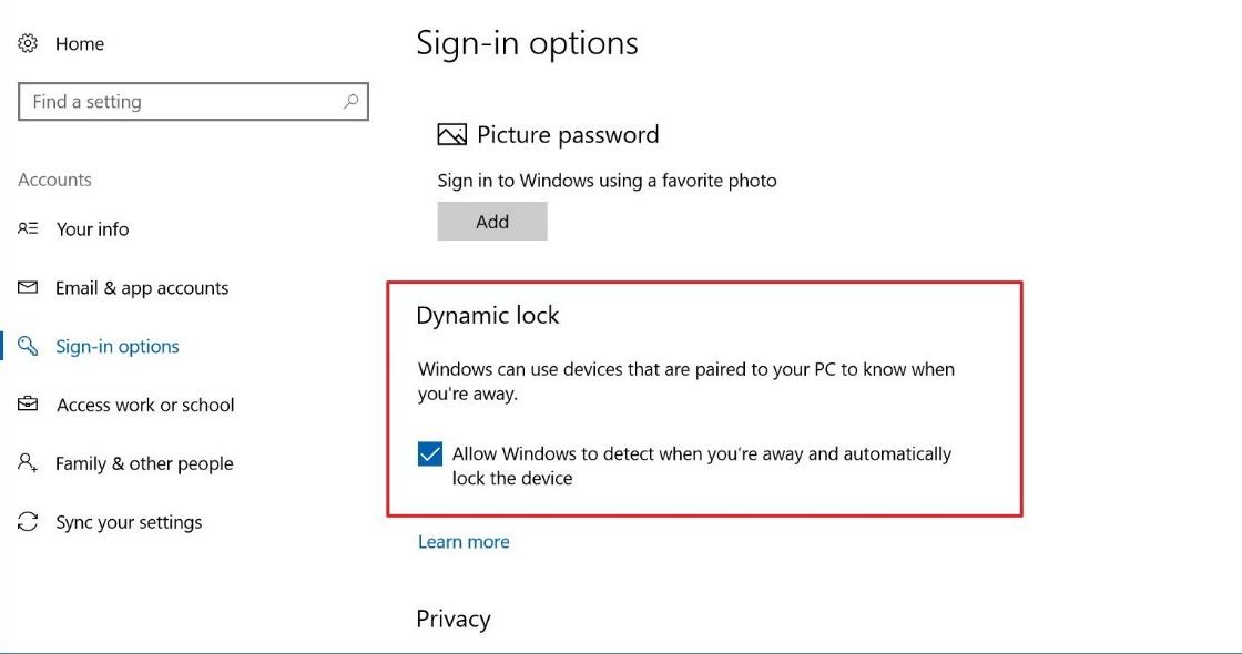 C:\Users\Silvery\AppData\Local\Microsoft\Windows\INetCache\Content.Word\7 - Dynamic Lock.jpg